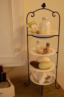 Plate Caddy - Do it Yourself Ideas - Closet Tec Inc - Source [http://myhomelookbook.com/2013/01/06/plate-stand-to-create-extra-space-on-a-small-bathroom-counter/]